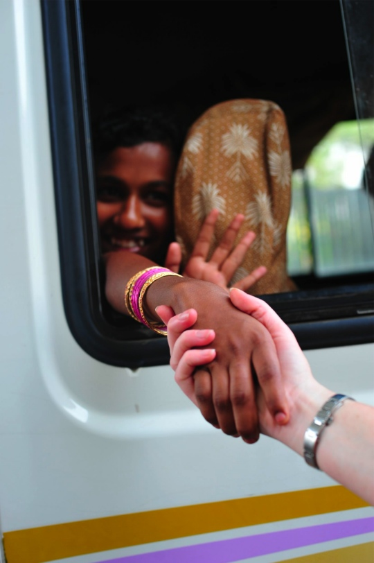 bus-compassion-international-india-5043